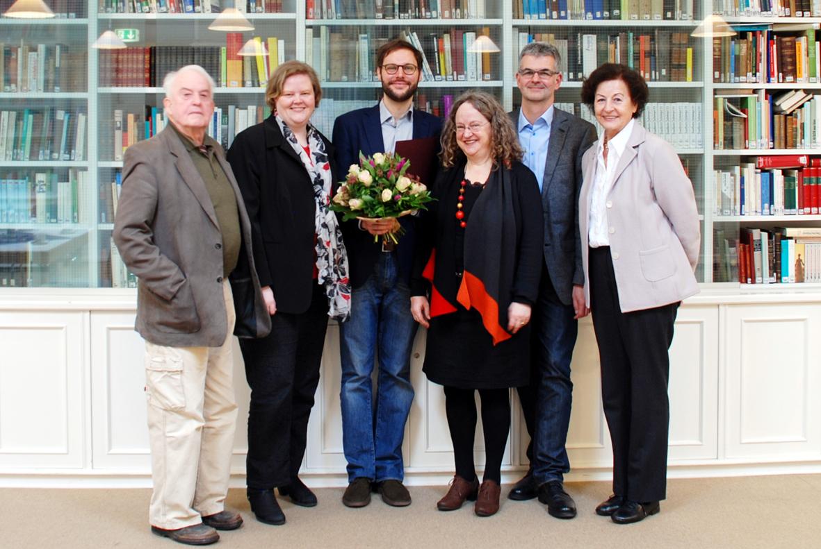 http://www.heinrich-heine-gesellschaft.de/files/preis_forum2013_01_1.jpg?nocache=0.2661723009286079